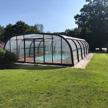Réalisation d''une piscine sous abri - Lanvollon